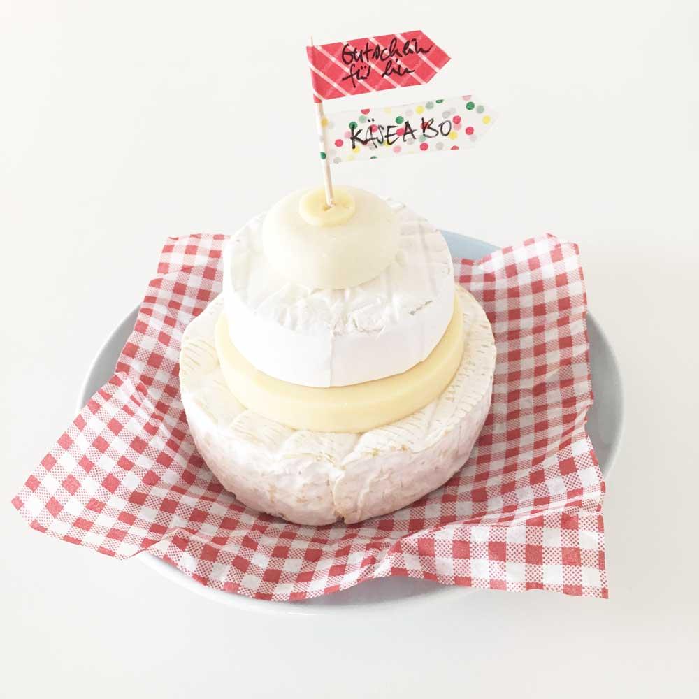 Minitorte aus Käse