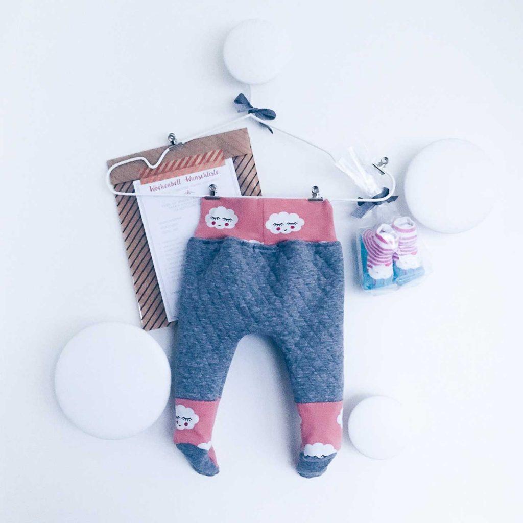 Süße Babyhose – Inspiration für Geschenke zur Geburt von fairy likes