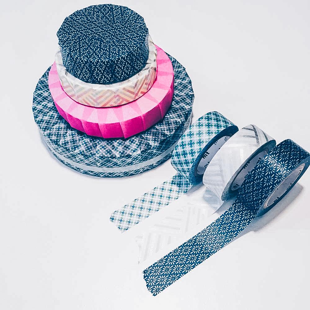 tape-torte in blau und pink