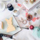 Osterfrühstück mit Käse in Hasenform